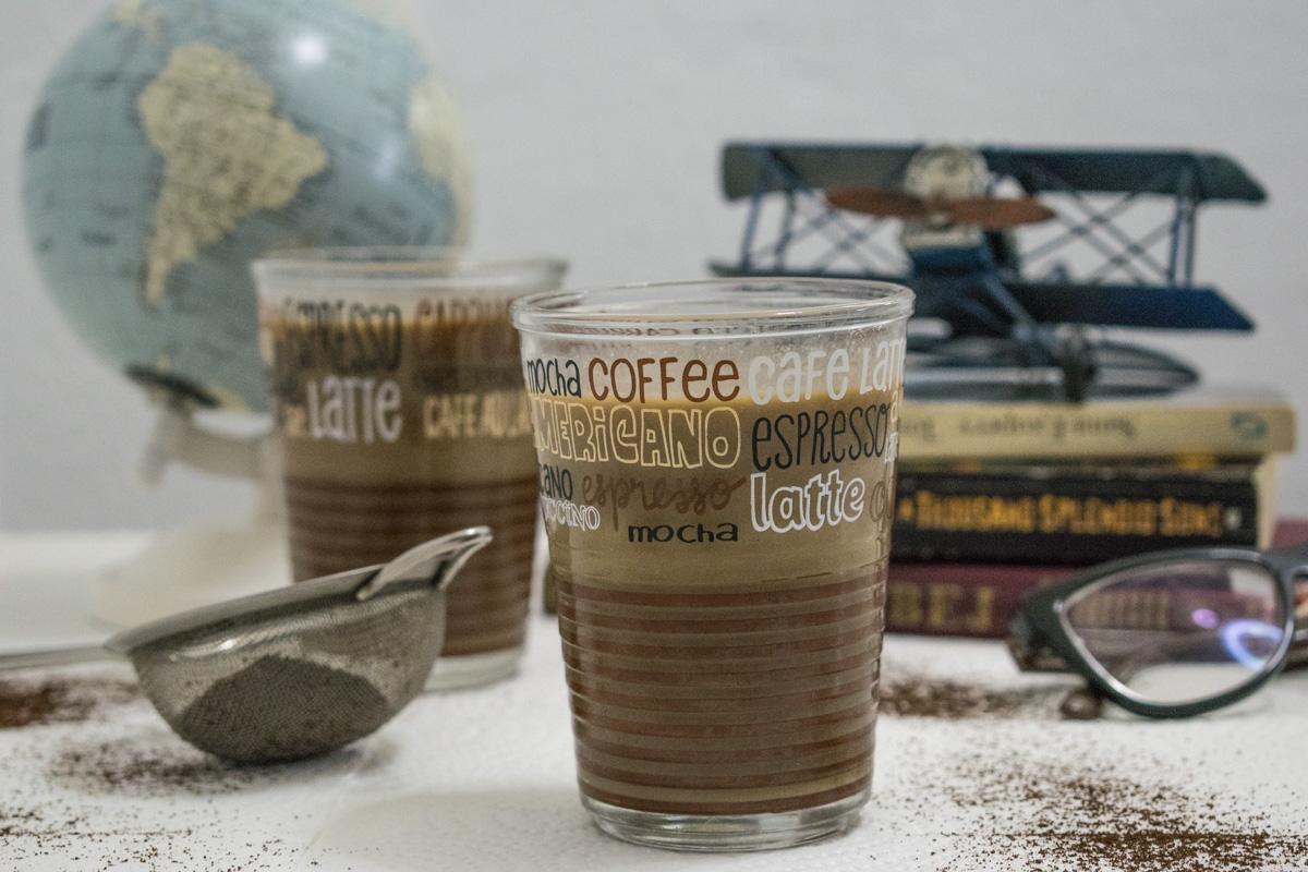 Šejk od kafe sa urmama