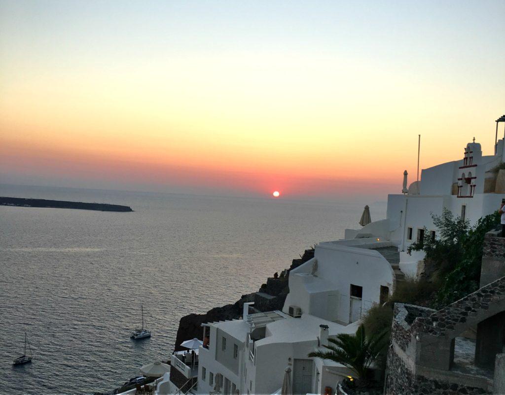 Zalazak sunca u Oii