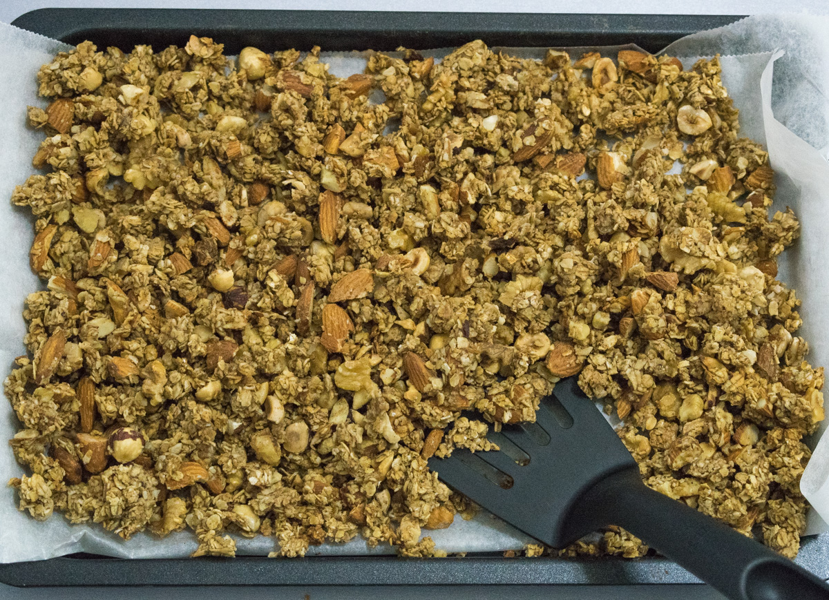 Healthy hazelnut and almond granola