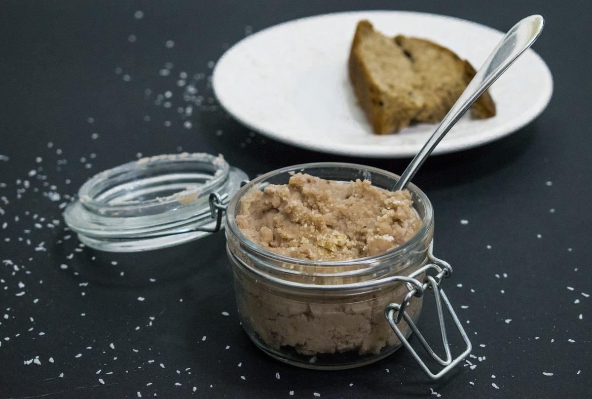 Mantequilla de coco y frambuesas para untar