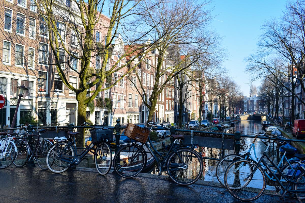 Hajde da obidjemo Amsterdam i njegovu okolinu
