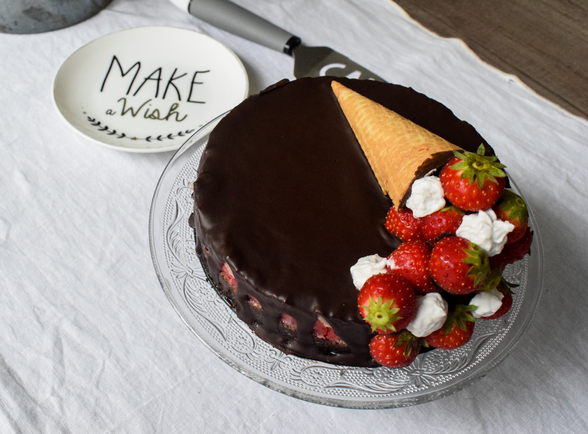 Rodjendanska torta od lešnika