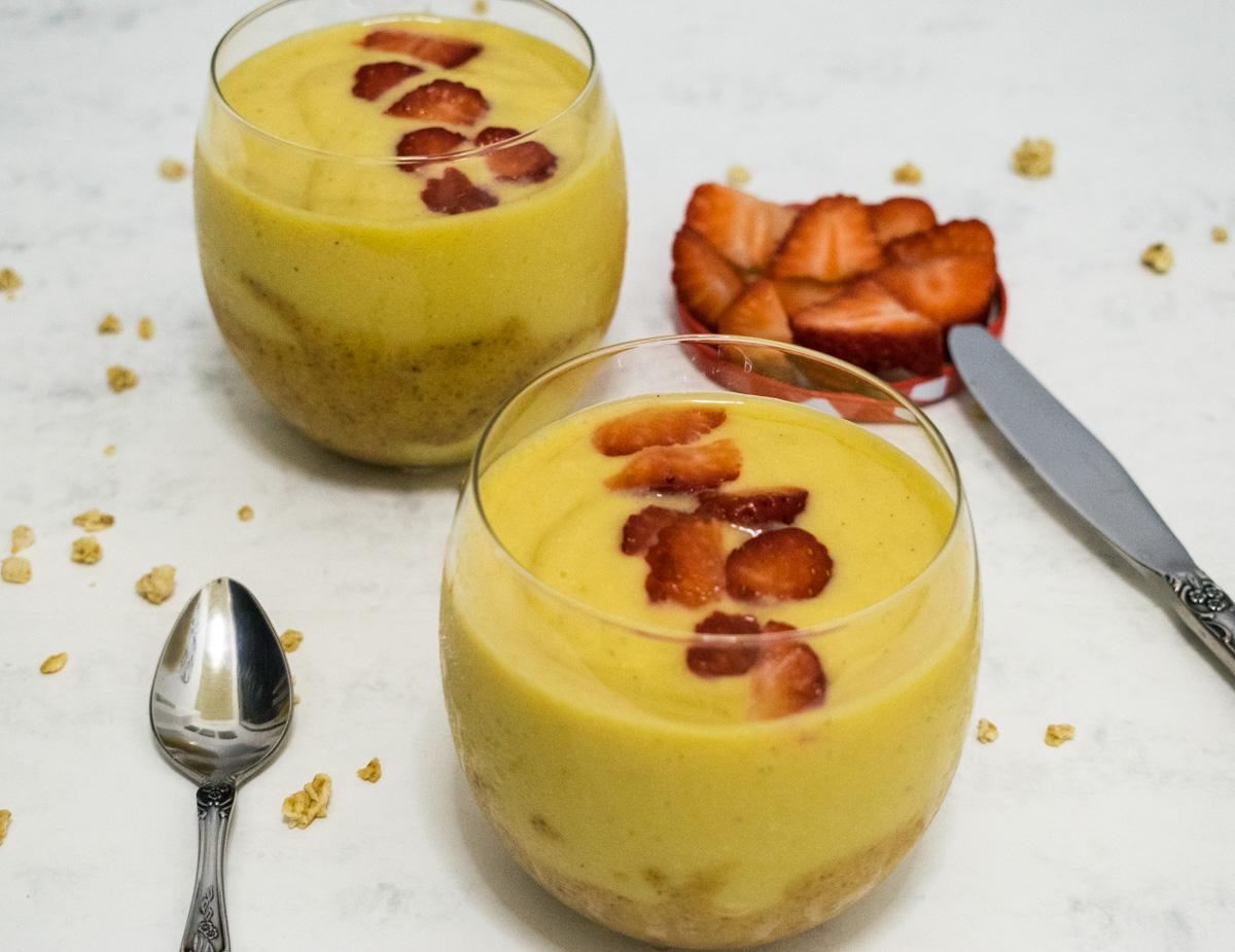 Mango and banana smoothie